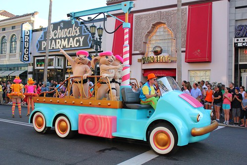 Hop - Universal's Superstar Parade