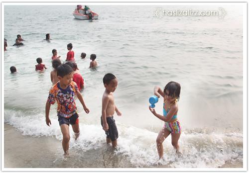 13430226515 d6b60f1763 Jalan jalan di Teluk Batik, Lumut