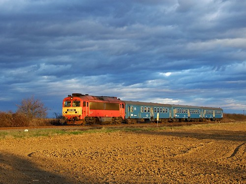 sunset máv m41 vonat vasút mozdony csörgő várda