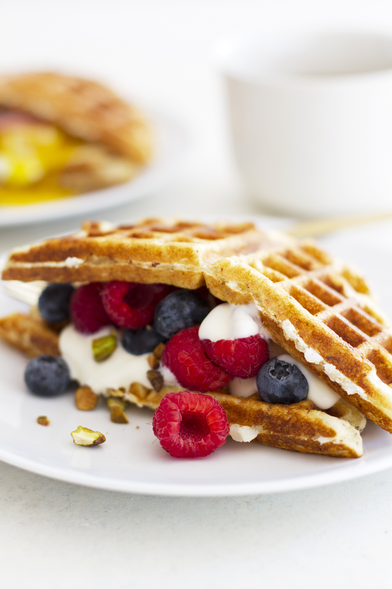 Sweet and Savory Gluten Free Waffle Breakfast Sandwiches ...