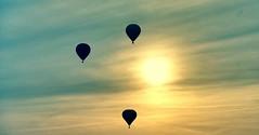 Tramonto e mongolfiere ad Isola della Scala (VR). Sunset & hot-air balloon at Isola della Scala (VR)