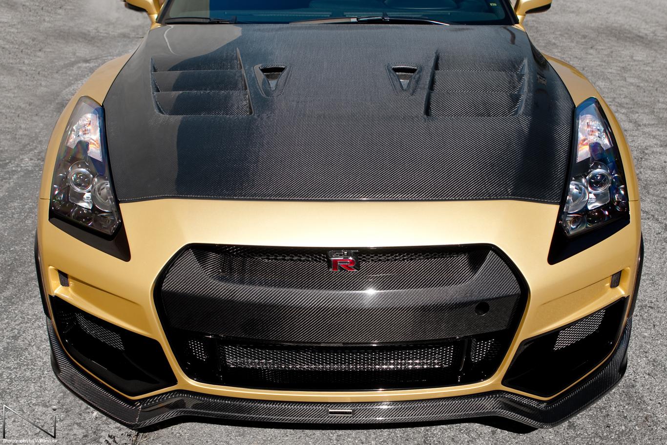 TommyKaira GT-R R35 Top Front