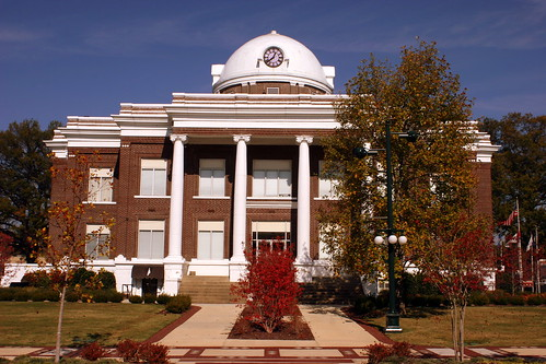 Dyer County Courthouse (Front Vierw) - Dyersburg, TN