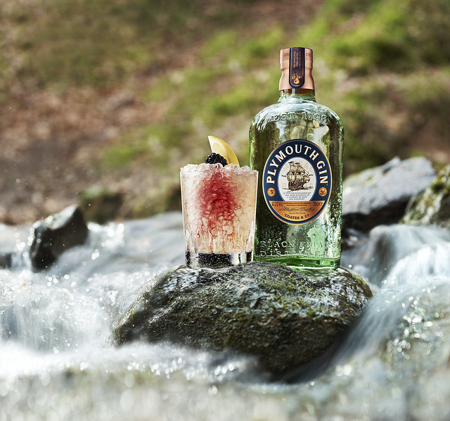 Plymouth gin & Classic Bramble