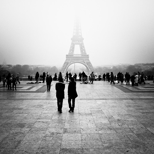 When the Iron Lady is misty... (Paris) -Photo : Gilderic