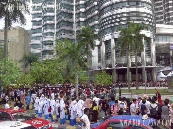 klcc crowd