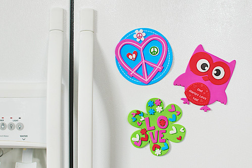 Valentine's Day magnets.