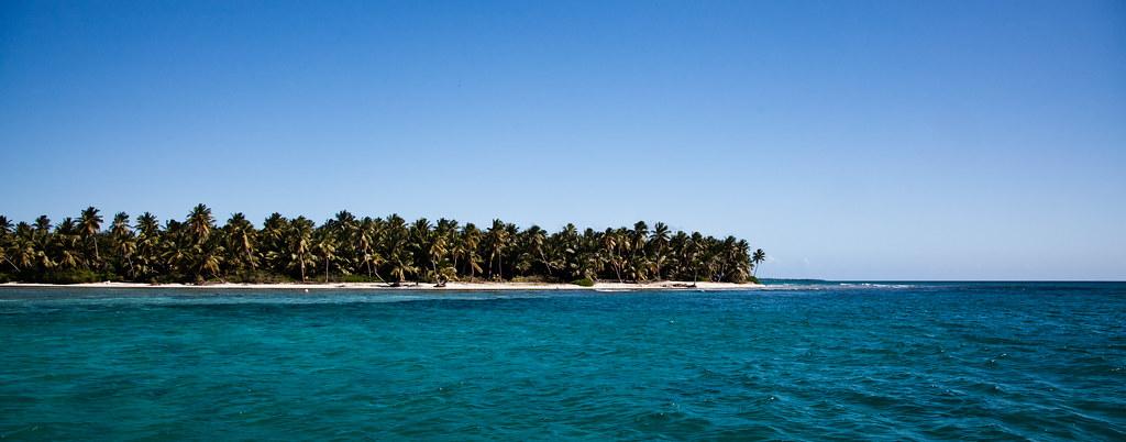 Saona Island[EOS 5DMK2 | EF 24-105L@24mm | 1/250 | f/7.1 | ISO200]