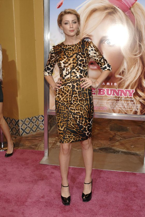 amber-heard-house-bunny-premiere-leopard-print-dress-8.jpg