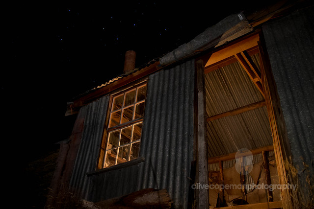 Bullendale Hut and Stars