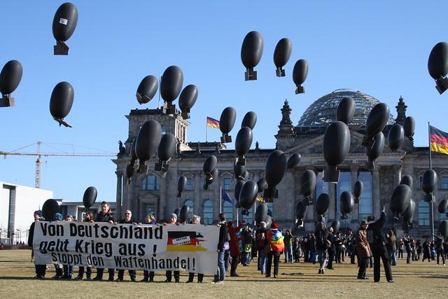 Von Deutschland geht Krieg aus!