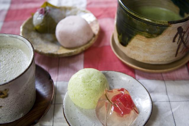 Green tea + wagashi