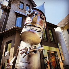 Tin Man #instagram #photooftheday #instagood #ig #jj #igers #igerstoronto #igerscanada #instagramhub #instamood #popular #bestoftheday #picoftheday #photography #igdaily #instadaily #instagrammers #popularpage #ignation #igaddict #toronto #art #yorkville