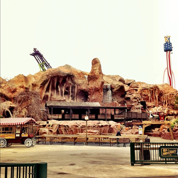 Love the Mine Ride @Knotts. #knottsphotos
