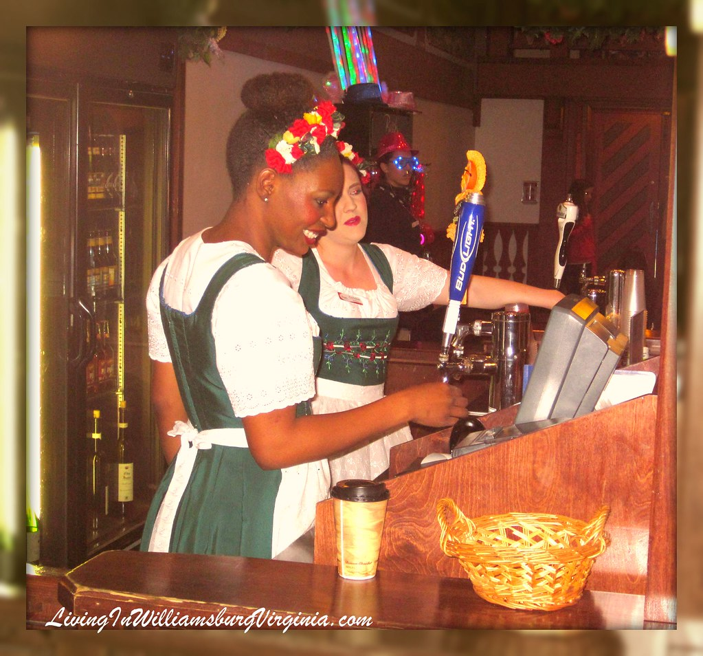 Beer Maids At Festhaus