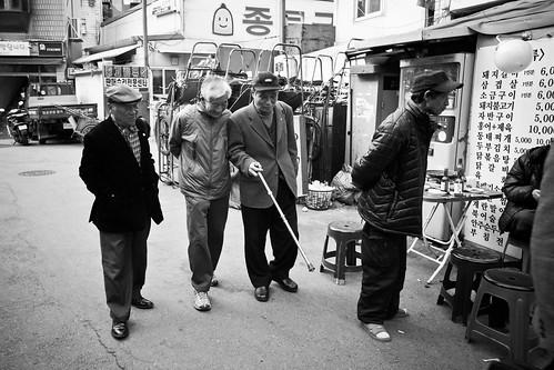 seoul streets - gents