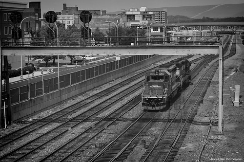 railroad train diesel pennsylvania ns rail railway locomotive railfan freight helper prr altoona norfolksouthern conrail mainline emd sd402 pennsy penncentral