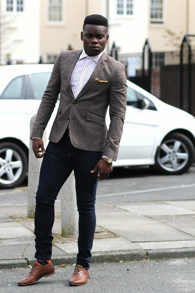 tweed blazer, Men Herringbone Tweed Blazer, striped shirt, bright argyle socks, gold pocket square & brown brogues : Street Style, skinny jeans, men's skinny jeans with tweed blazer, brown tweed blazer, brown Herringbone Tweed Blazer, stylish men