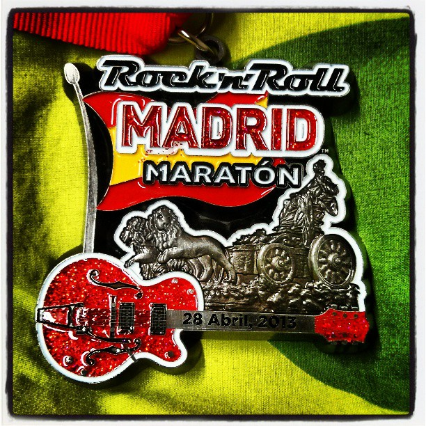#maraton #madrid 3 horas 32 minutos . y ahora a volver a tener un vida