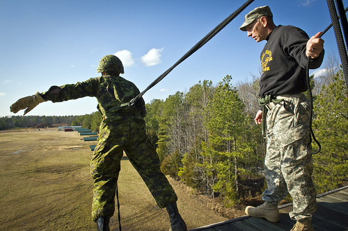 RTI teaches Rappelling to Canadian Forces