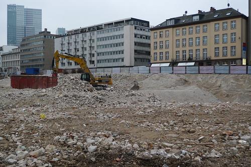 Abriss an der Bockenheimer Anlage, Ecke Opernplatz, 3.3. 2012