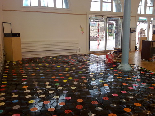 Virt news vinyl record art a vinyl record dance floor for Fourth floor records