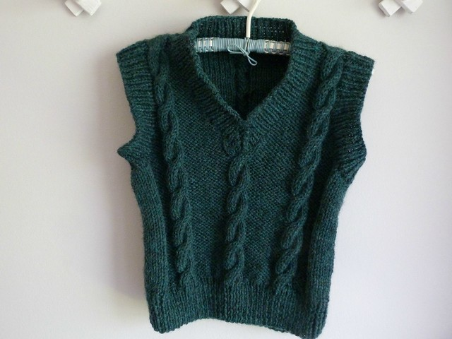 Finished cabled vest 3