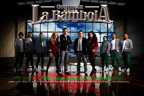 La Bámbola 2012 - orquesta - cartel