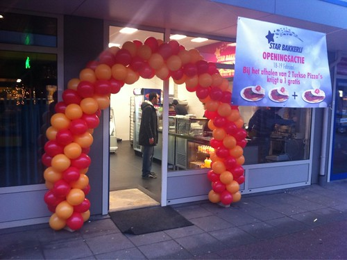 Ballonboog 6m Oker, Rood Opening Star Bakkerij Spijkenisse