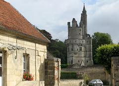 Septmonts (mairie et donjon) 6068