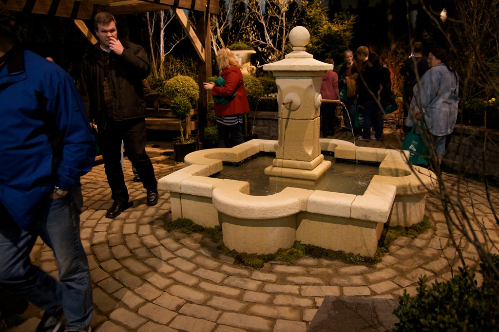 formal english fountain  1254
