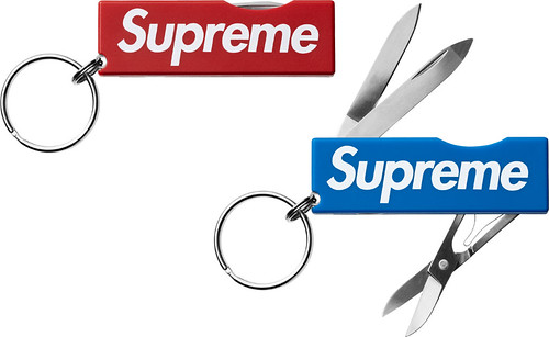 Supreme / Victorinox Swiss Army Tomo Pocket Knife