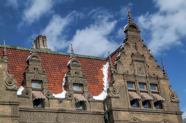 Pabst Mansion Roof with Snow