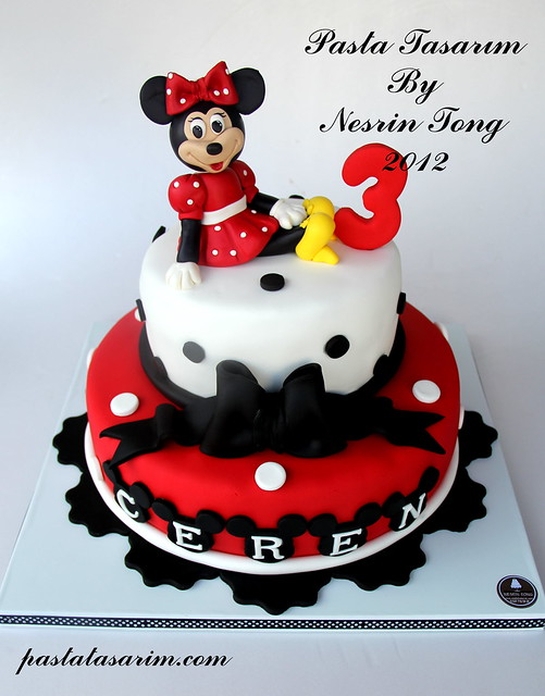 MINIE MOUSE BIRTHDAY CAKE - CEREN