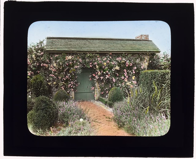 "[""The Dunes,"" Frank Bestow Wiborg house, Highway Behind the Pond, East Hampton, New York. (LOC)"