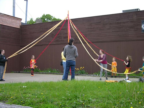 MayDay 2012 may pole practice