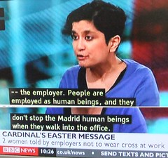 2012_04_070006 people don't stop the Madrid human beings