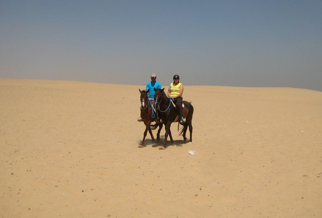 رحلة من اجمل الرحلات مع لركوب الخيول في صحري ستي