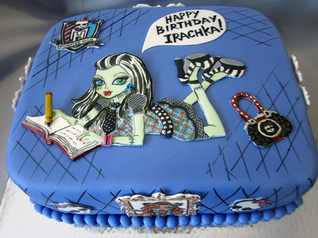 Monster High Cake Making Games