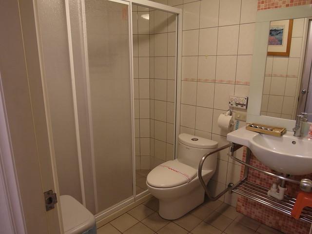 健新醫院月子中心,$2,800 的房型的衛浴