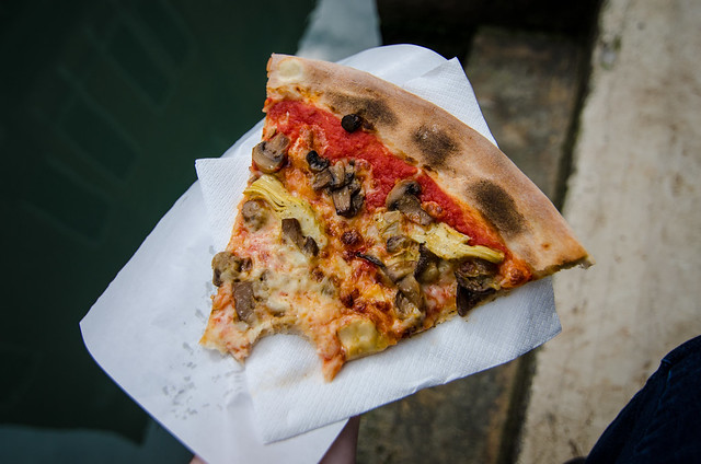Artichoke and Mushroom pizza near the Peggy Guggenheim Collection in Venice.