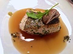 Merluza del Cantábrico acompañada de dashi - Restaurante Mina - Bilbao