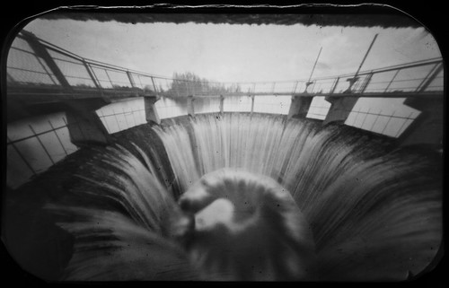 bw water paper tin waterfall kodak dam wideangle pinhole d76 6x9 altoids polymax dotnuvėlė mantviliškis