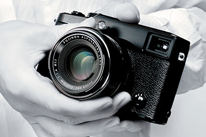 Fujifilm X-Pro1 mirrorless interchangeable lens camera (Body only: S$2,400)