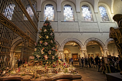 Annual Christmas Tree and Neapolitan Baroque Crèche.