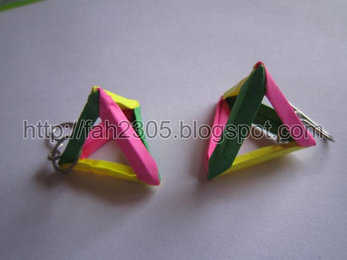 Paper Jewelry - Handmade Triangle Earrings by fah2305
