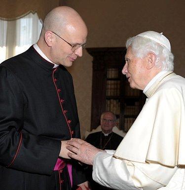 Msgr. Weisenburger meet Pope Benedict XVI