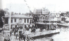 3rd class passengers at Scott's Quay, Queenstown ready to board tender for Titanic