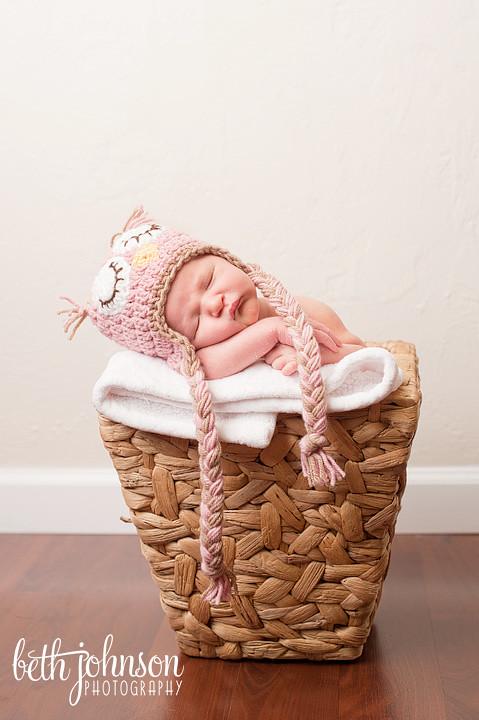 tallahassee newborn photographer studio photography baby girl