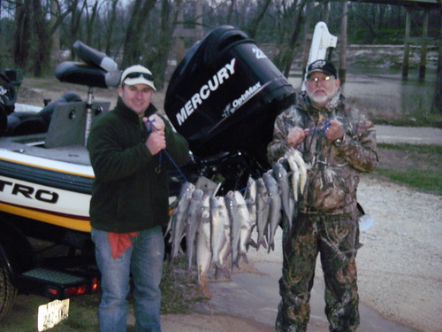 Lake livingston dam get the net guide service for Lake livingston fishing report